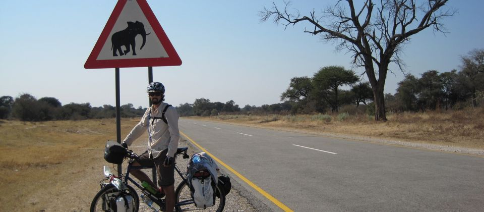 Cycling 2,500km unsupported through Southern Africa, Namibia, 29 yrs old